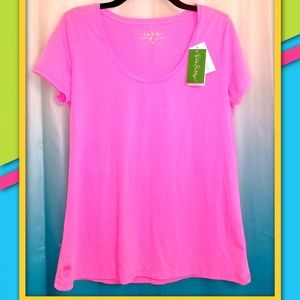 ⭐LILLY PULITZER TEE⭐
